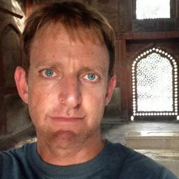 Selfie Tomb